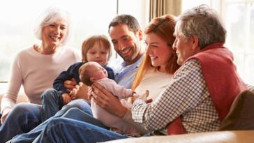 parents grands-parents petits-enfants papy mamie belle-famille envahissante