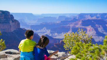 enfants vacances pays étranger voyage expatriés