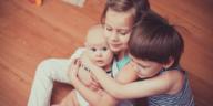 fratrie frères soeurs famille enfants trois