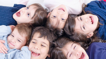 famille recomposée enfants filles garçons