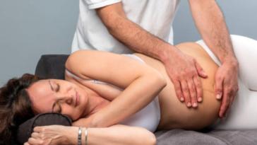 grossesse enceinte massage ostéopathe