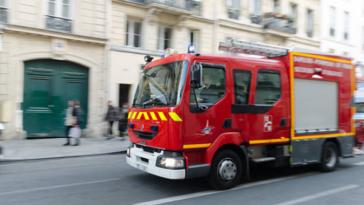 camion pompiers incendie accident
