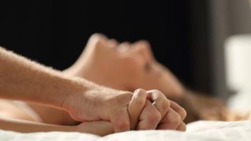 couple amour sexe fantasmes libido retrait faire l'amour tantrisme anorgasmie