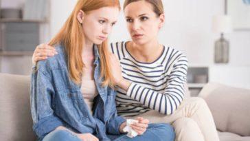 parent enfant mère fille adolescence crise problème triste