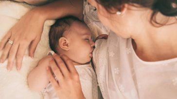 allaitement mère maman bébé