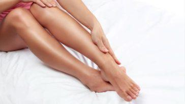 femme jambes lourdes massage sciatique