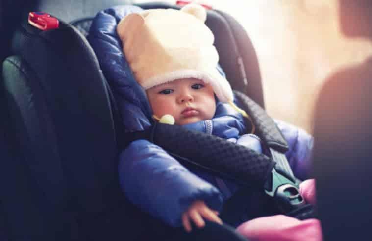 siège-auto : attention de ne pas laisser son enfant avec son blouson