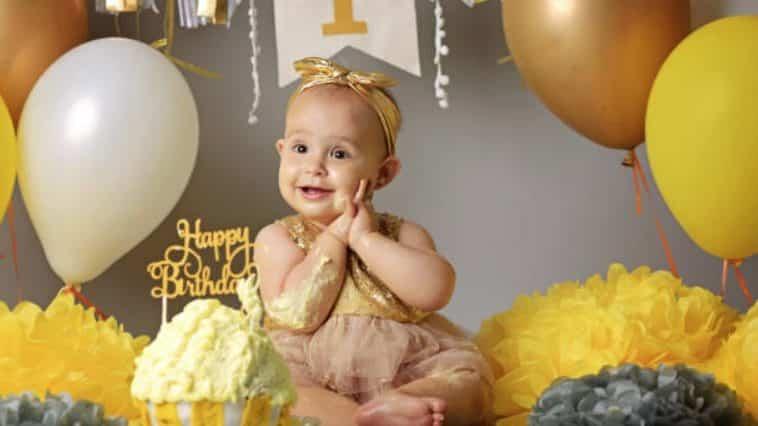 bébé anniversaire gâteau smash the cake fête