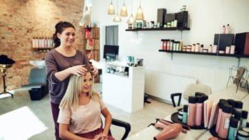 femme coiffeur coupes de cheveux salon de coiffure