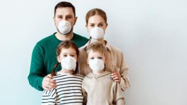 famille confinement coronavirus masque transmission