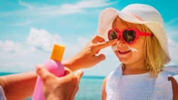 crèmes solaires enfant été plage soleil protection