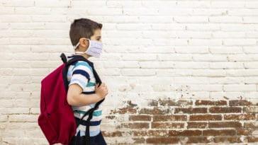 école enfant masque coronavirus covid-19 épidémie pandémie