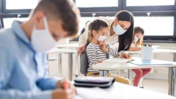 école rentrée scolaire coronavirus professeurs masque confinement épidémie pandémie classe élèves